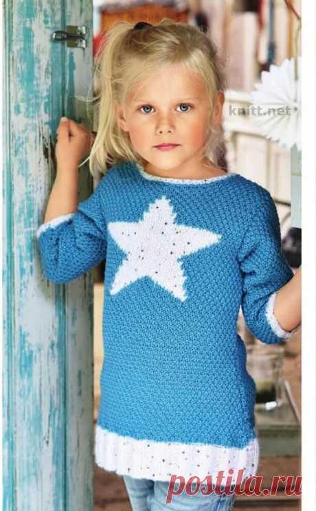 Детская вязаная туника с мотивом звезда