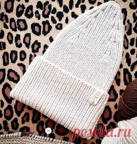 Шапка резинкой 1х1 от KATIA_SHAR - Cтильное вязание Модная вязаная шапка лицевыми петлями бежевого цвета - описание вязания