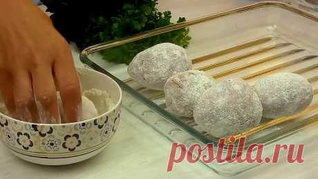 Печёная картошка с острым соусом
