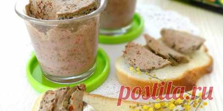 Паштет из куриной грудки на завтрак: рецепт
