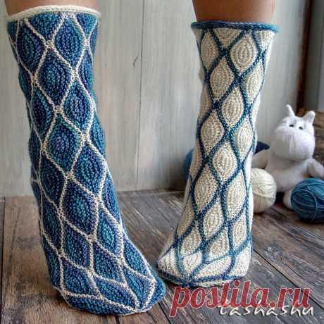 3 МК по вязанию необычных носков спицами |