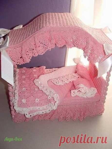 Мамочка для доченькиных куколок навязала