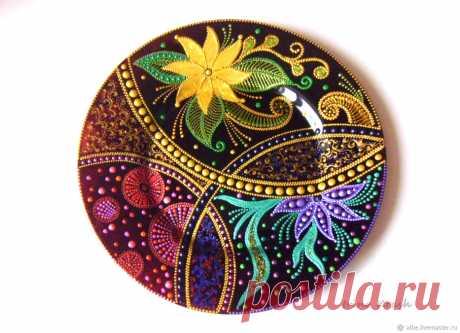 Тарелка декоративная Ночь на Ивана Купала, стекло, точечная роспись в интернет магазине на Ярмарке Мастеров