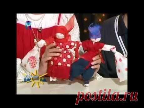 """Куклы """"Неразлучники"""". Часть 2. Делаем для куклы наряды. Мастер класс для детей и родителей"""
