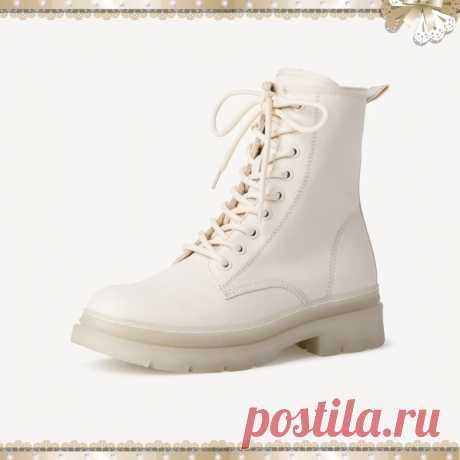 Ботинки женские высокие Tamaris Бежевые с мягкой стелькой  Цена - 6 990 ₽. Размеры — 36-42;  • Цвета — бежевый, черный, серебряный; • мягкая стелька для ног; • стелька принимает индивидуальную форму стопы; • максимальный комфорт при ношении; • Высота обуви (см): 17; • Высота каблука: 45 mm; • Материал верха: Искусственный материал; • Материал подкладки: Текстиль; • Вид каблука: Блочный; • Страна производства: Китай.