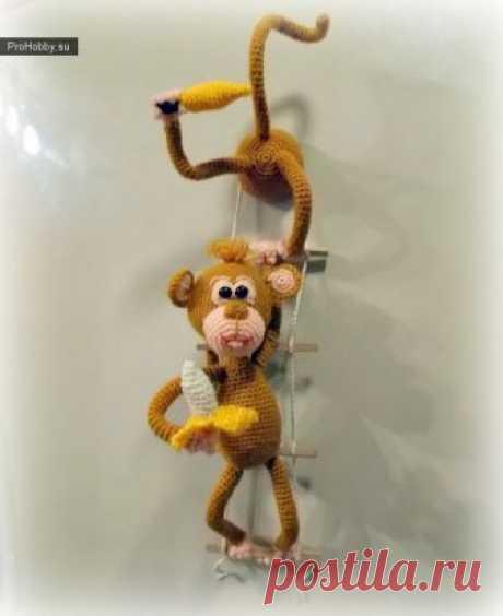 Вязаные обезьянки-воришки – магнит на холодильник / Вязание игрушек / ProHobby.su | Вязание игрушек спицами и крючком для начинающих, мастер классы, схемы вязания
