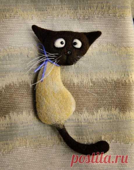 """Купить Валяная брошь """"Кот Симон"""" - бежевый, коричневый, кот, котик, кошка, котоброшь, сиам"""