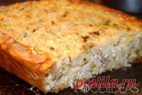 Пирог с мясом и сыром.