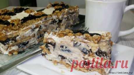 Торт без выпечки с черносливом