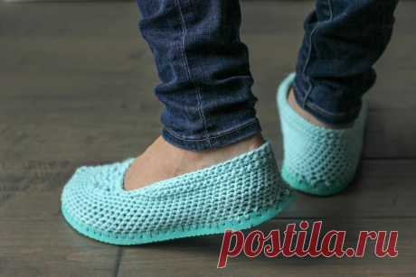 """Slippers from \""""Vietnamese\"""" - the scheme of knitting by a hook. We knit Footwear on Verena.ru"""