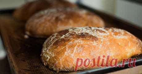 Как испечь бездрожжевую чиабатту Пекарь из пекарни «Литовский хлеб» раскрывает секрет выпекания вкусной бездрожжевой чиабатты в домашних условиях