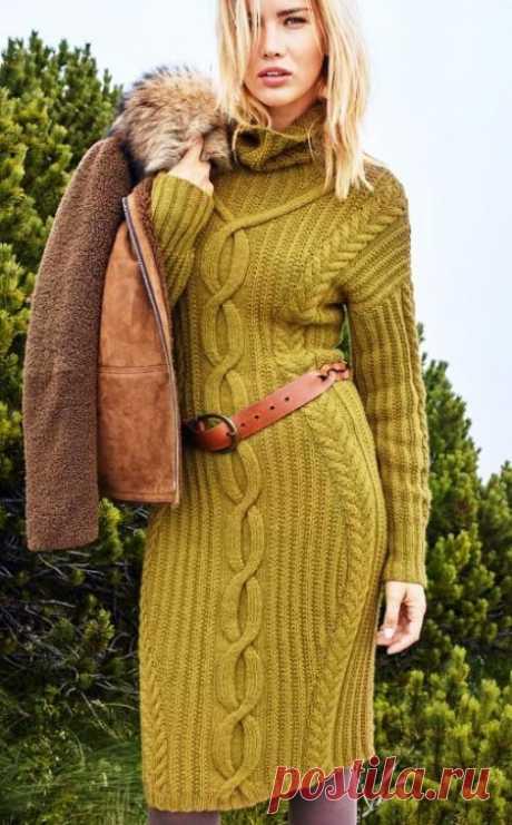Платье спицами с узором косы
