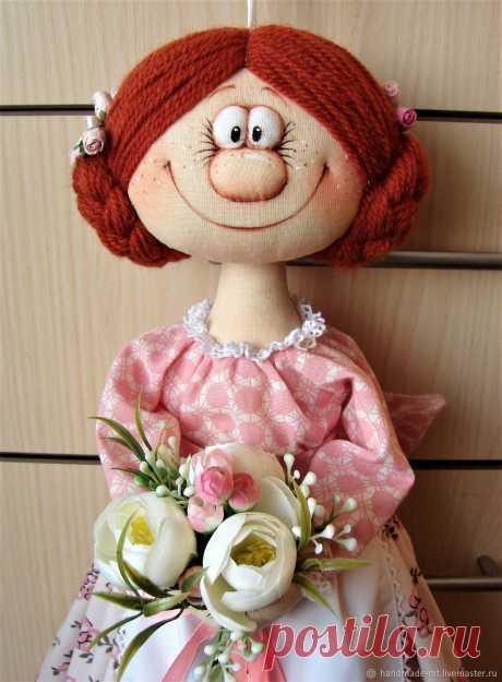 Кукла-пакетница – купить в интернет-магазине на Ярмарке Мастеров с доставкой Кукла-пакетница - купить или заказать в интернет-магазине на Ярмарке Мастеров | Куколка-пакетница!!! Яркий и неповторимый декор…