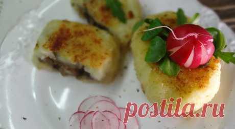 Картофельные зразы с луково-грибной начинкой. Пошаговый рецепт с фото на Gastronom.ru