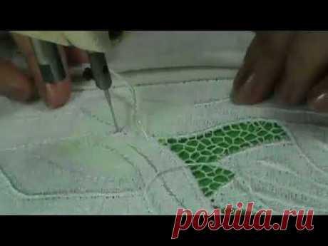 Machine embroidery to a rishelya on an izdeliiazhurny setochka
