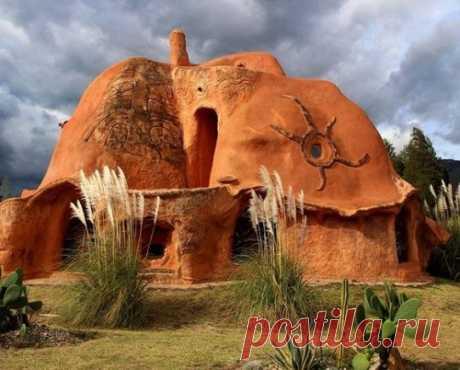 Архитектурные шедевры — Самый большой в мире глиняный дом