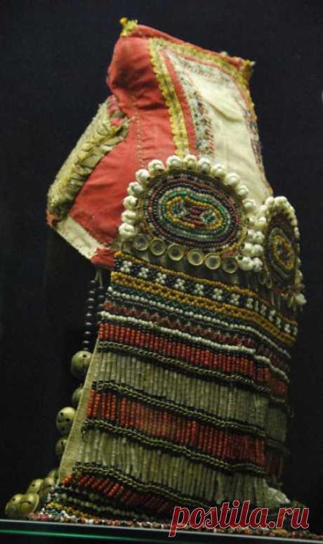 18 фотографий роскошных женских головных уборов из русского народного костюма