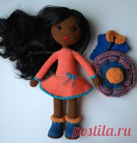 Вязаная кукла мулатка крючком
