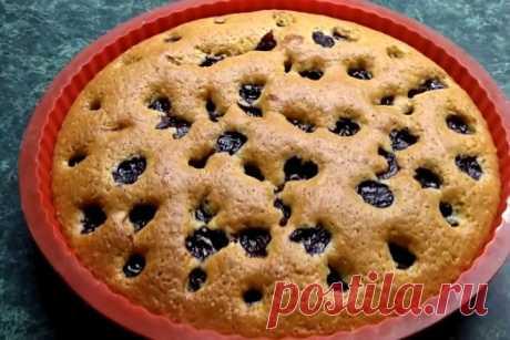 Вишневый пирог в духовке, рецепт — Вкусо.ру