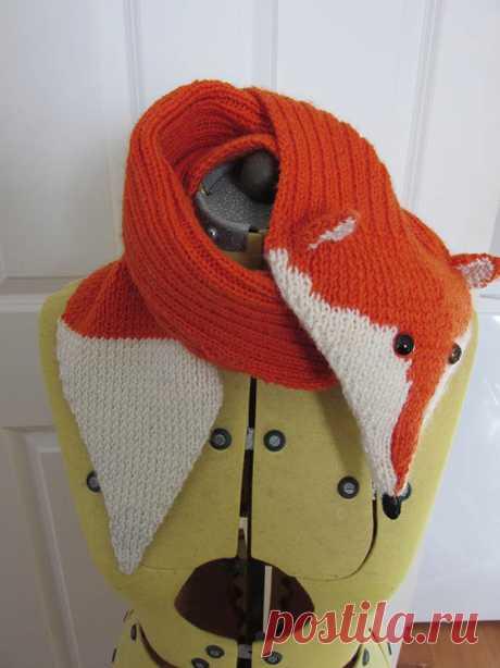 Вязаный шарф в виде лисы спицами. Красивые дети.