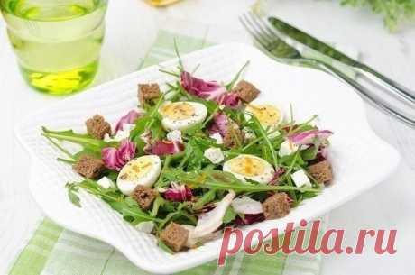 Салат с перепелиными яйцами и брынзой — Мегаздоров