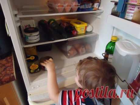 Что делать, если холодильник начал греться по бокам?