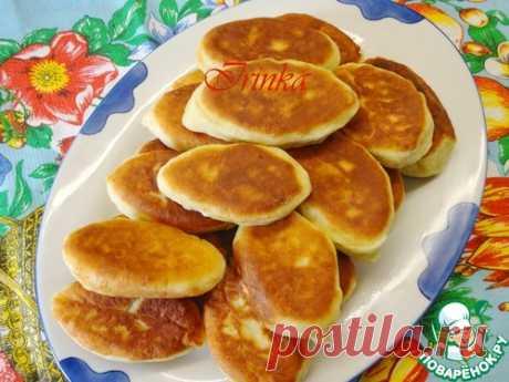 Пирожки с яблоками из творожного теста - кулинарный рецепт