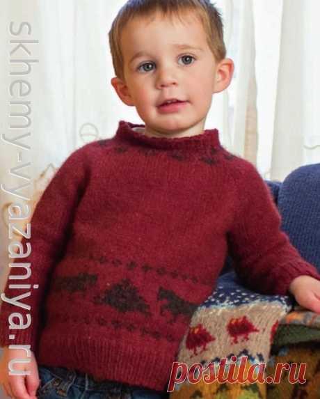 Бордовый скандинавский джемпер реглан для мальчика. Схема вязания спицами и описание.