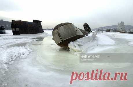 russian submarines on ice - Поиск в Google