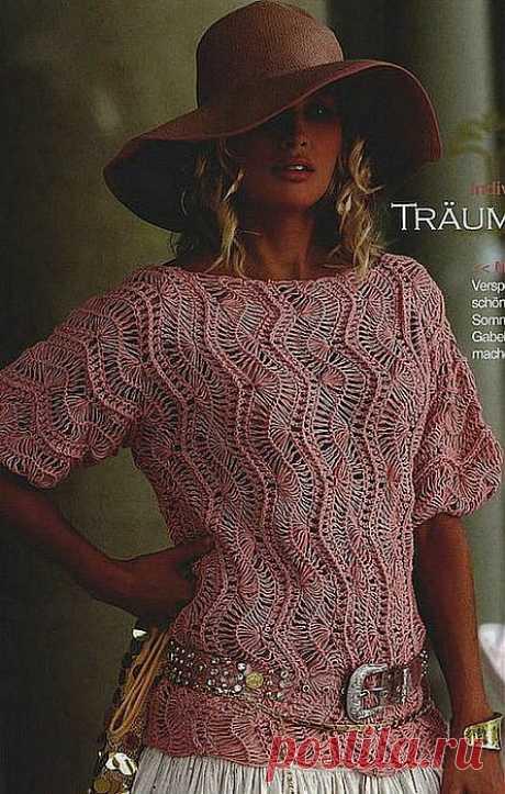 Пуловер, связанный на вилке.