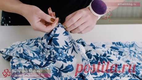 Соединение лифа и юбки чистым способом.Видео МК. Способ соединения лифа с юбкой, о котором пойдет речь, можно применить и в платье, и в блузе, и в жилете. И даже в летнем комбинезоне из тонкой плательной ткани. Причём, соединять таким образом можно не только юбку, но и баску, и любую другую деталь, которая может быть отрезной. Например, притачные раструбы рукава тоже вполне можно соединить этим способом.... #выкройки #мастер_класс #шитье #идеи#моделирование