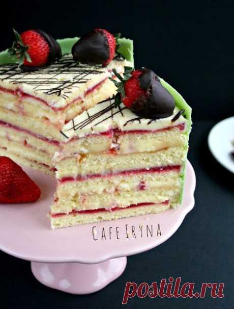 Сafe Iryna: Нежный торт с клубникой и заварным кремом