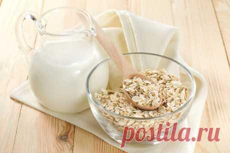Диета «Овсяное молочко» - минус 1 кг за 2 дня! Рецепт. Основной продукт, который нужно будет употреблять в эти дни - «Овсяное молочко», поэтому и диета носит такое название. Готовится оно из овсяных хлопьев.