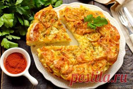 Пирог из лаваша с яйцом, луком и сыром
