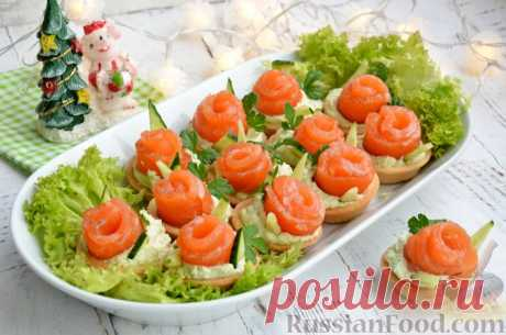 Рецепт: Тарталетки со сливочным сыром, авокадо и красной рыбой на RussianFood.com