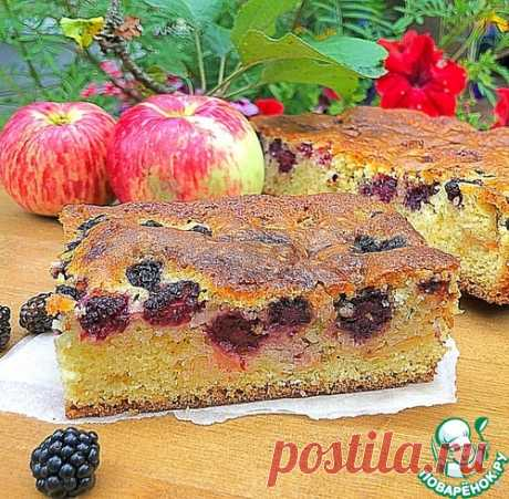 Яблочный пирог с ежевикой – кулинарный рецепт