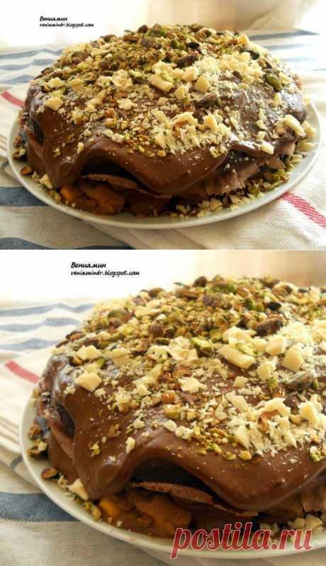 Восхитительный шоколадный блинный пирог с маскарпоне и манго/Delicious chocolate cake with pancakes, mascarpone and mango.