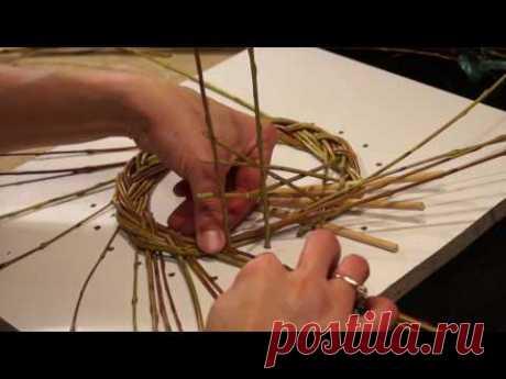 Русская ива. Урок 3. Плетение косы из ивы. - YouTube