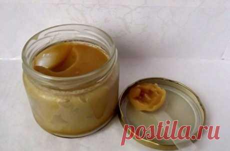 Крем с йодом раглаживает даже самые глубокие морщины Рецепт этого крема с йодом, может заменить любую процедуру по омоложению. Лучший крем от морщин Ингредиенты: 1 ст. ложка меда1 ч. ложка вазелина1–2 капли йода1 ст. ложка касторового маслаПриготовление: Сначала налей в стеклянную емкость 1–2 капли йода...
