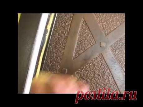 делаем ковку или кованная дверь без металла :)