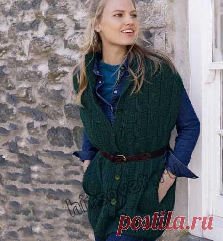 Длинный вязаный жилет - Хитсовет Длинный вязаный жилет. Модная модель длинного жилет с карманами для женщин со схемой и бесплатным описанием вязания.
