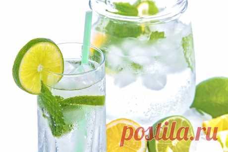 Медики назвали простые правила, помогающие похудеть с помощью воды - ГлагоL