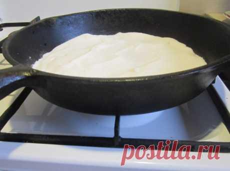Чистим чугунную сковородку от многолетнего нагара