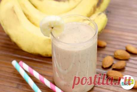 Рецепт коктейля для здорового завтрака: банано-миндальный смузи - Журнал для женщин Вкусно и невероятно полезно! Начните фантастическую неделю с этого легкого завтрака. Все, что вам нужно сделать, — это потратить 2 минуты на подготовку и минутку, чтобы выпить. Таким образом, вы не просто перестанете пропускать завтрак, но и будете обеспечивать своим организм здоровым питанием каждый день. Все, что вам нужно сделать, это повторить с нами: смешать, […]