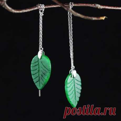 925 Silver Ear line / Jasper Leaf Ear line / Plant Leaf Ear line / Fashion Lady Ear line / New Year gift / gift for wife// party earrings Product Details:  Material: 925 silver, jasper jade  Color: green  Shape: leaves  Size: Length: 2.mm Width: 14mm  Weight: 3.9 grams  Translucent: translucent  Symbol: Good luck to you