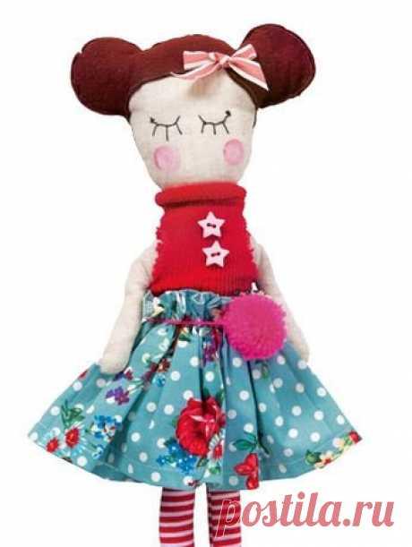 Кукла из лоскутков - выкройка № 640 из журнала 1/2015 Burda. Детская мода – выкройки игрушек на Burdastyle.ru