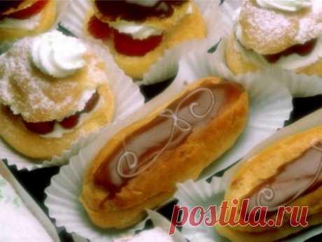 Заварные пирожные с нежным сметанным кремом и шоколадной глазурью