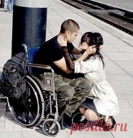Сколько бы недостатков не было у человека, он всегда будет идеальным, если он любимый.