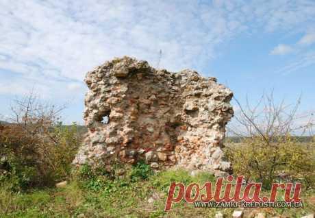 Легенди замків Закарпаття: 13 кам'яних воїнів