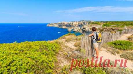 Райские уголки: 7 самых красивых островов Франции, которые стоит увидеть каждому Во Франции имеется множество мест, где можно отдохнуть от суеты городов, упасть в объятия обворожительной природы и позабыть обо всех заботах и печалях. Одно из таких — прекрасные французские острова!...